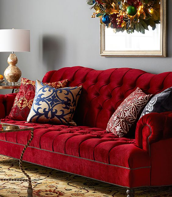 sofa burdeos elegante