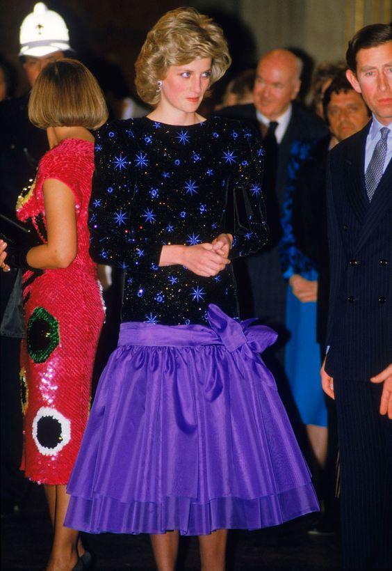 1985: Los vestidos de tafetán