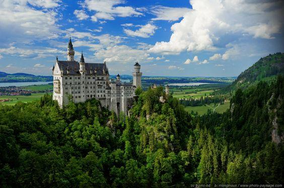 Neuschwanstein---un-chateau-de-conte-de-fees.jpg Cliquer sur l'image pour fermer cette vue
