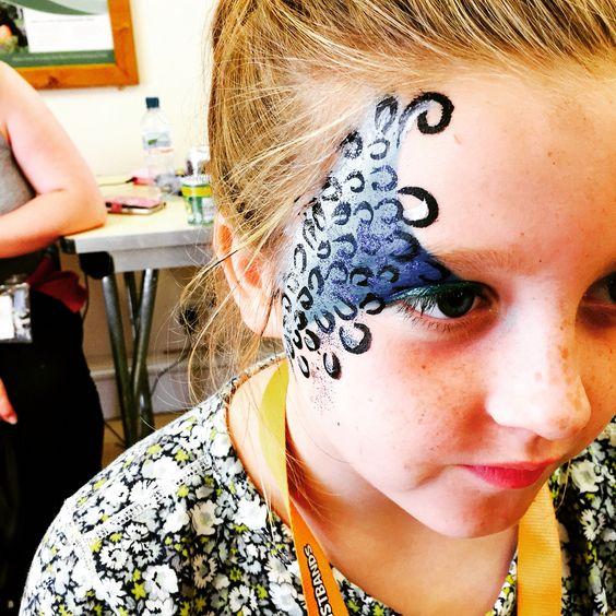 Blue leopard facepaint