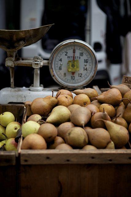 Pears / Image via: Nicole Franzen Photo #fall #autumn #market
