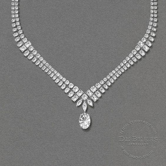 The Albert Bridge's suspended threads are conceptualised on the Albert Bridge Necklace through graduating diamonds, rhythmically cascading in carat size. #debeerslondon #debeers #diamonds #highjewellery #couture #paris