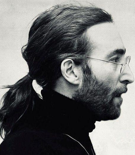 John Lennon http://www.thesterlingsilver.com/product/ray-ban-unisex-adults-mod-2180-sunglasses-black-size-49/