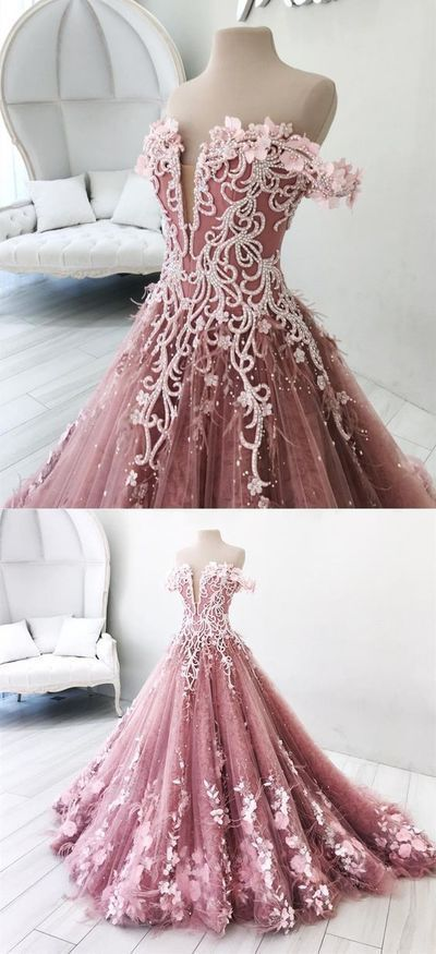 A Very Fancy Quinceanera Sweet 16 Or Prom Dress Promdress Quinceaneradress Quinceaneradecor Quince Beaded Evening Gowns Prom Party Dresses Debut Gowns