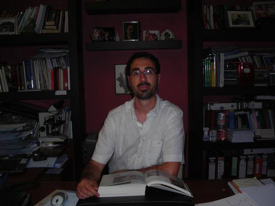 David Encinas, Psicología