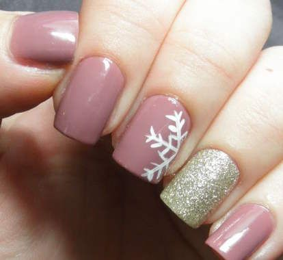 9 Winter Wonderland Nail Art Designs: