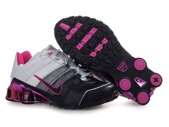 all black nike shox women