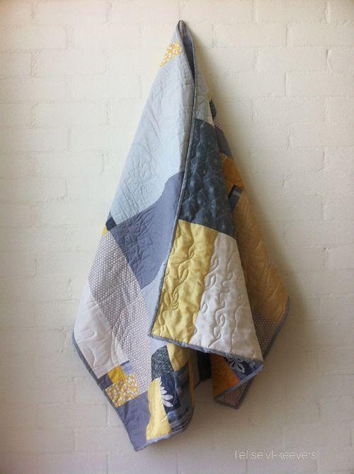 gold|grey quilt