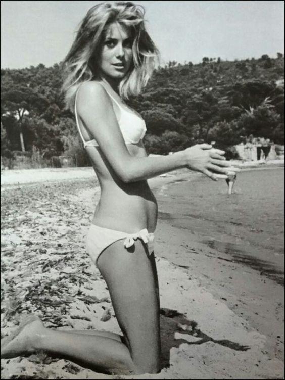 Catherine Deneuve - St Tropez - 1962