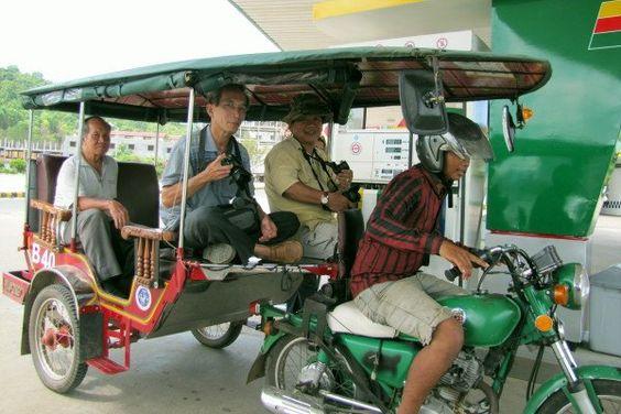 Xe Tuk Tuk khi chạy phát ra âm thanh đặc trưng tuk tuk