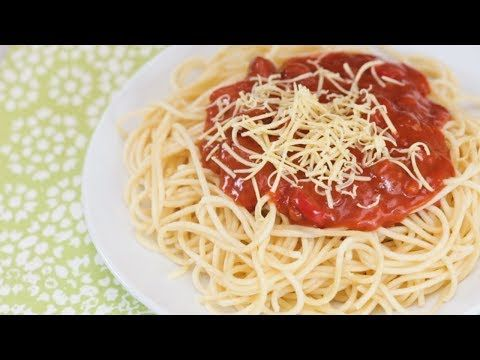 It S Sweet It S Pasta And It S Got Hotdogs This Sweet Style Spaghetti Has Everything The Jollibee Spaghe In 2020 Spaghetti Recipes Jollibee Spaghetti Recipe Recipes