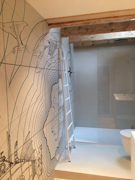 Ein Zusammenspiel Aus Holz Tapete Und Unseren Fugenlosen Wand