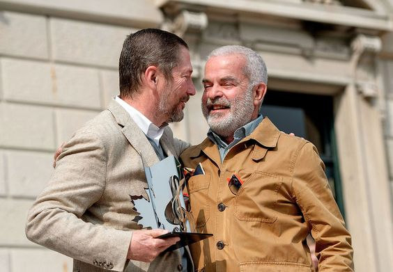 Mantero consegna il premio a Caruncho (©Ph.Luciano Movio)