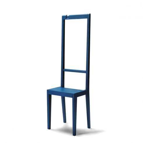 Alfred valet stand chair by Covo. Available in other colours | www.lovethesign.com/eu