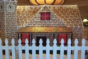 The Colorado Denver Gingerbread Christmas Houses Bakery USA for your Colorado Denver party cakes. Colorado Denver decorators specialize Colorado Denver cakes,Colorado Denver Gingerbread specialty Colorado Colorado Denver Houses Gingerbread Christmas Houses Bakery Colorado Denver, Colorado Denver Gingerbread House, Gingerbread Christmas Houses Bakery Colorado Denver Christmas cakes, Gingerbread Houses, any shape any style, call 24/7 866-396-8429 http://www.cakes3.com/gingerbread.htm