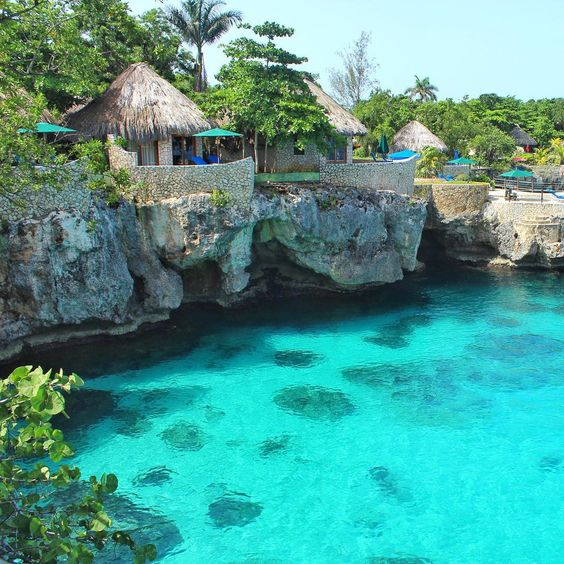 Jamaica is one of the cheapest tropical vacations for college students