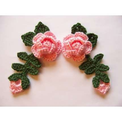 grandmascats :: Crochet PINK ROSE Flowers With Leaves and Rose Bud Appliques Embellishment Set of 4.