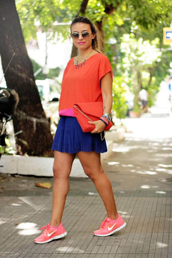 Adorei a combinação de cores e o arremate com tênis esportivo! -  Small Fashion Diary: