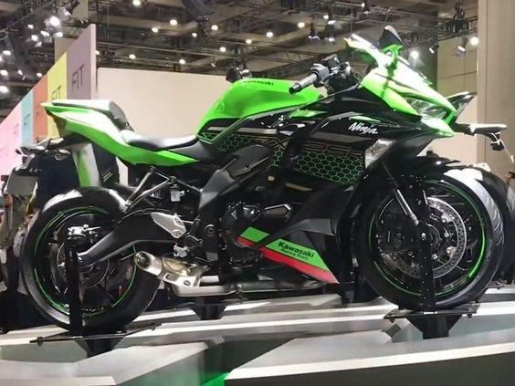 موتورسیکلت Ninja ZX-25R کاوازاکی رونمایی شد | مشخصات فنی | فنی