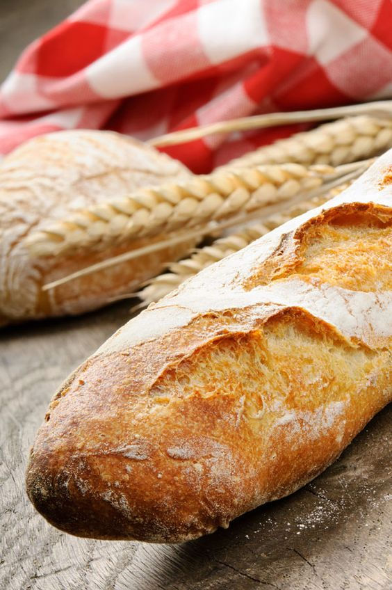 This Homemade Baguette Recipe is perfect for dipping, making sandwiches or just by itself.