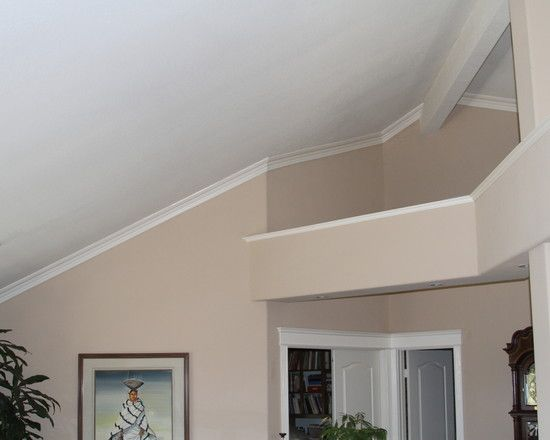 Bon Extraordinary Vaulted Ceiling Molding Design To Beautify Your Interior  Ceiling: Appealing Vaulted Ceiling Molding With Wall Art Gallery Book Shelf  U2026