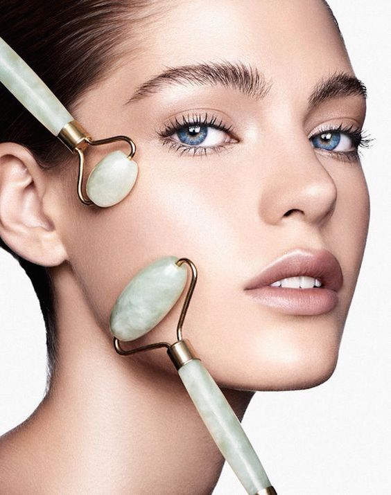 Camille Styles: Jade Roller Benefits