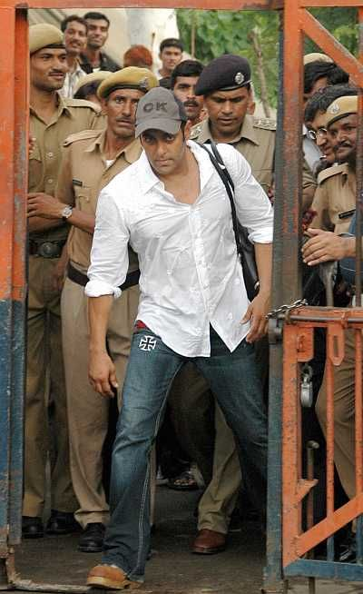 A true philanthropic and a beautiful person by heart. Praying for lesser imprisonment. #Merakyahoga #SalmanVerdict #WastedPrayers #WastedMillions #CelebrityConvicted #ProducerScare