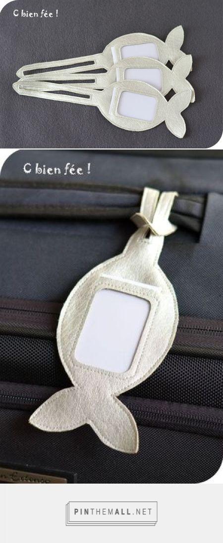 Etiquettes de bagage