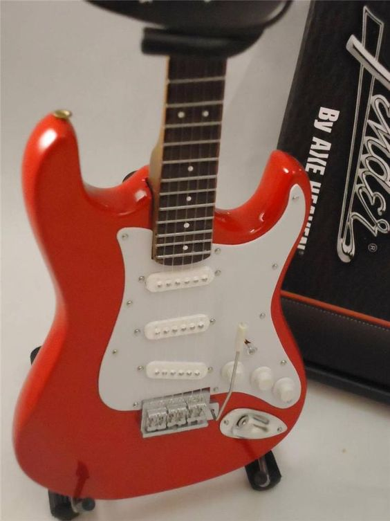 Miniture Licensed Fender Stratocaster Strat Mini Classic Red Axe Heaven #AxeHeaven
