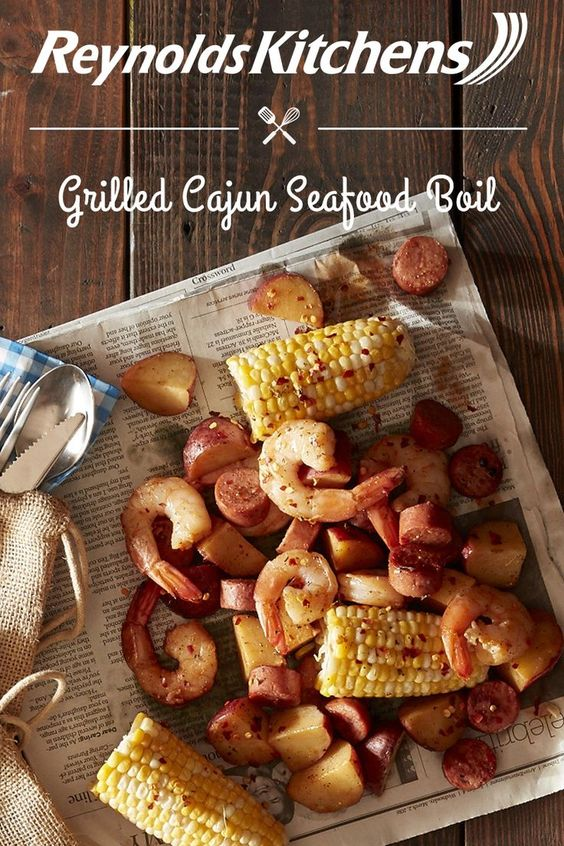 Bring a little bit of the South to your next cookout with our Grilled Cajun Seafood Boil recipe! Make foil packets out of Reynolds Wrap® to steam shrimp, sausage, corn, and potatoes to perfection. Even better—our foil makes cleaning up this creole dish a breeze!