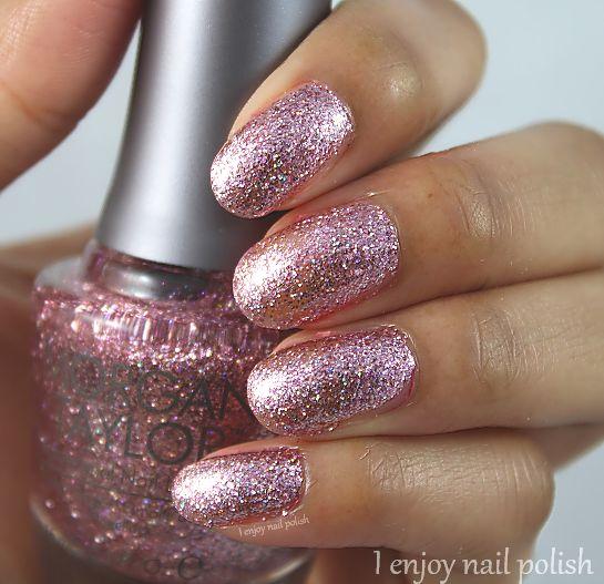 I enjoy nail polish: Morgan Taylor Sweetest Thing