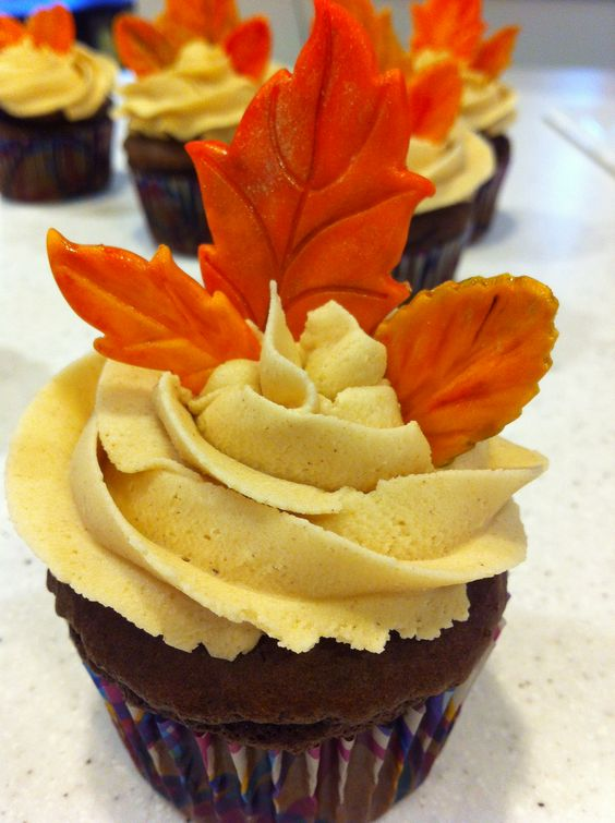 Fall peanut butter chocolate cup cakes