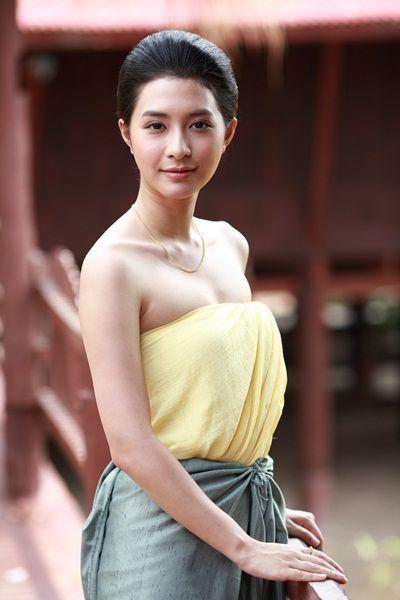 มิว-นิษฐา สวมรอยกุลสตรีไทยยุคก่อน ซ้อมหนักบท คุณพลอย ใน ชาติพยัคฆ์