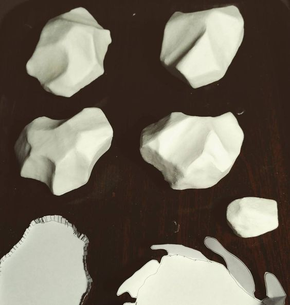 Carlos Silva - New pieces for a new project - brooches wip plaster white: