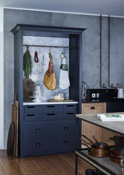 Un cellier déco à souhait dans la cuisine à l'ancienne.: