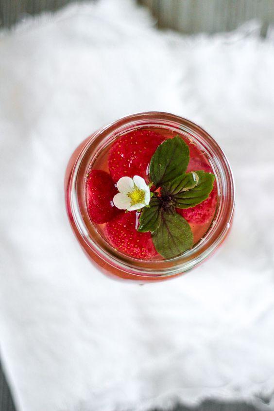 Die Glücklichmacherei: Spice Up Your Drinking Habits 〖Infused Water〗