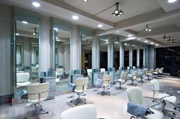 Wir lieben LEDs!LEDs kaut man hier http://www.leds24.com/LED-Einbauleuchten-Ring-schwenkbar-fuer-GU10-MR16-LED-Lampe-Spot