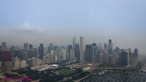 Chicago City Skyline overlooking Grant and Mlilennium Parks - http://www.1pic4u.com/blog/2014/09/16/chicago-city-skyline-overlooking-grant-and-mlilennium-parks/