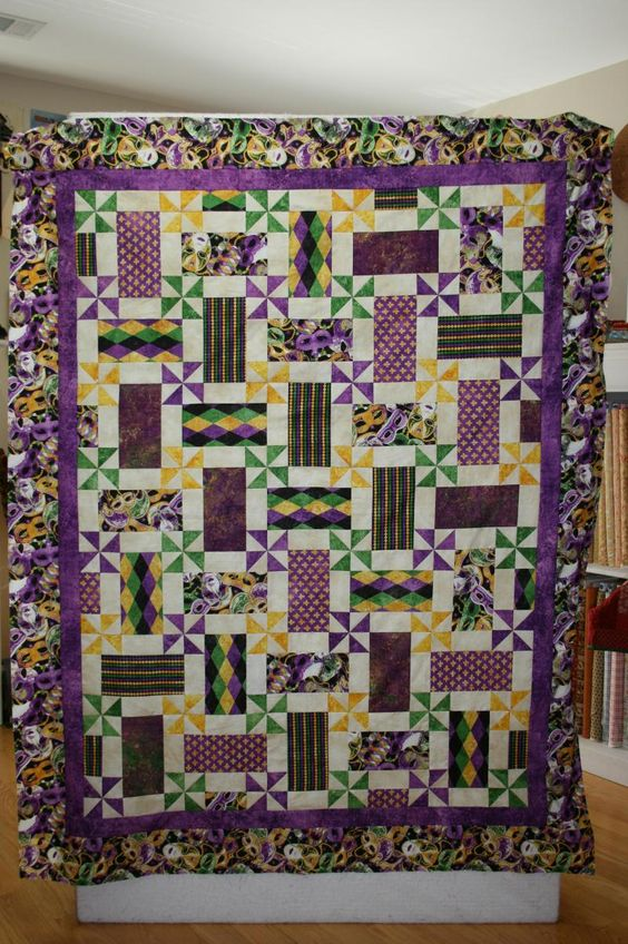 Mardi Gras quilt I saw at a quilt show.: