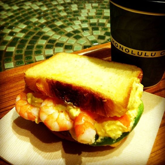 レシピとお料理がひらめくSnapDish - 43件のもぐもぐ - Shrimp and egg sandwich with macadamia nut coffee☕ by tayuko