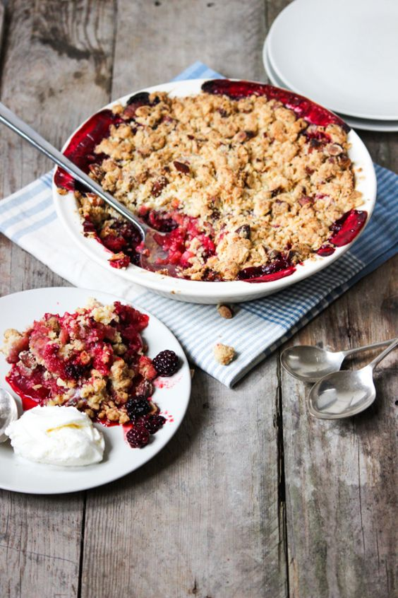 This Blackberry and Apple Crumble is exactly what a good crumble should be. Sweet & tart fruit, topped with crunchy and buttery crumble goodness. Using up seasonal fruits couldn't be easier.
