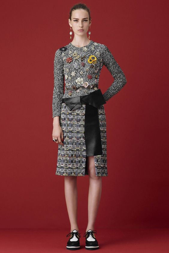Alexander McQueen Resort 2016 - Collection - Gallery - Style.com