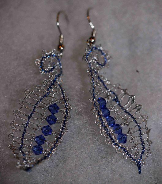 Ohrhänger - Geklöppelte Ohrringe mit Swarowski-Perlen - ein Designerstück von Pehuma bei DaWanda