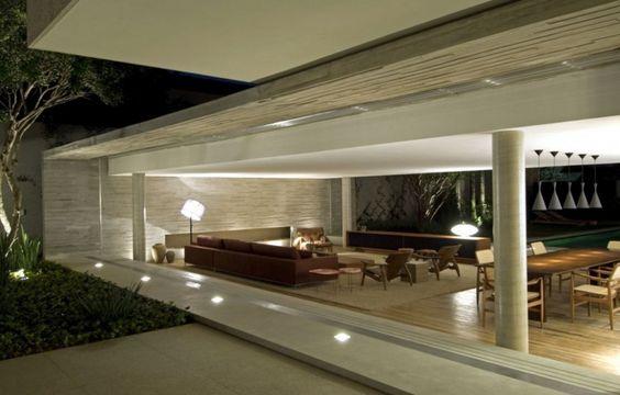 Luxury São Paulo Property by Marcio Kogan - Photography by Rômulo Fialdini & landscape architecture by Renata Tilli.