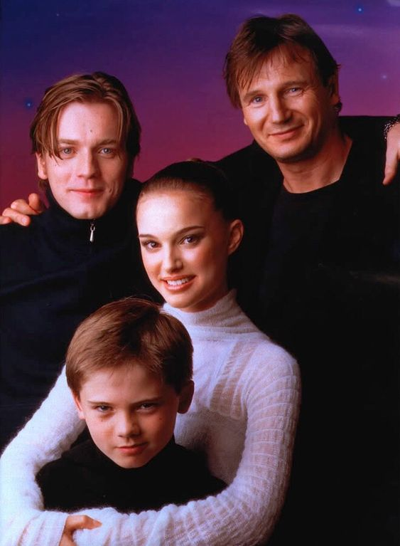 17 years have passed since this promotional photo for The Phantom Menace was released. It still makes me smile; Padme hugging her future husband Vader.