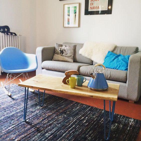 """Créez des meubles sur mesure à votre intérieur avec nos pieds de table """"hairpin legs"""" Ripaton. Choisissez votre couleur et votre plan en bois, vissez et voici votre meuble personnalisé et design."""