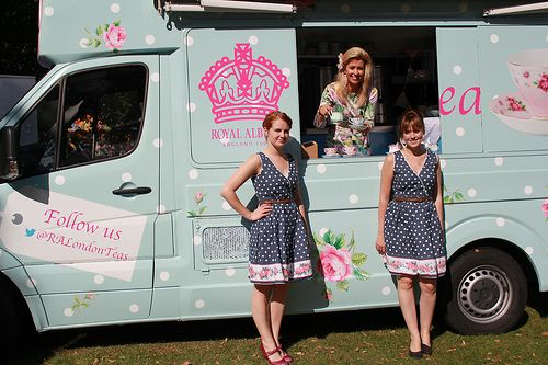 the van and the lovely ladies  cool idea: