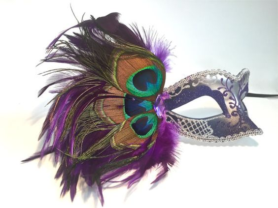 Hey, I found this really awesome Etsy listing at https://www.etsy.com/listing/253276761/peacock-feather-masquerade-mask-glitter