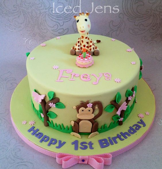 Sophie the giraffe inspired cake!