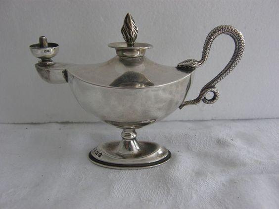 Online veilinghuis Catawiki: Zilveren olielampje met greep in de vorm van een slang, Mappin & Webb, Birmingham, 1912